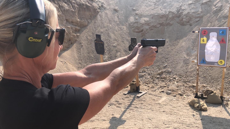 private gun client